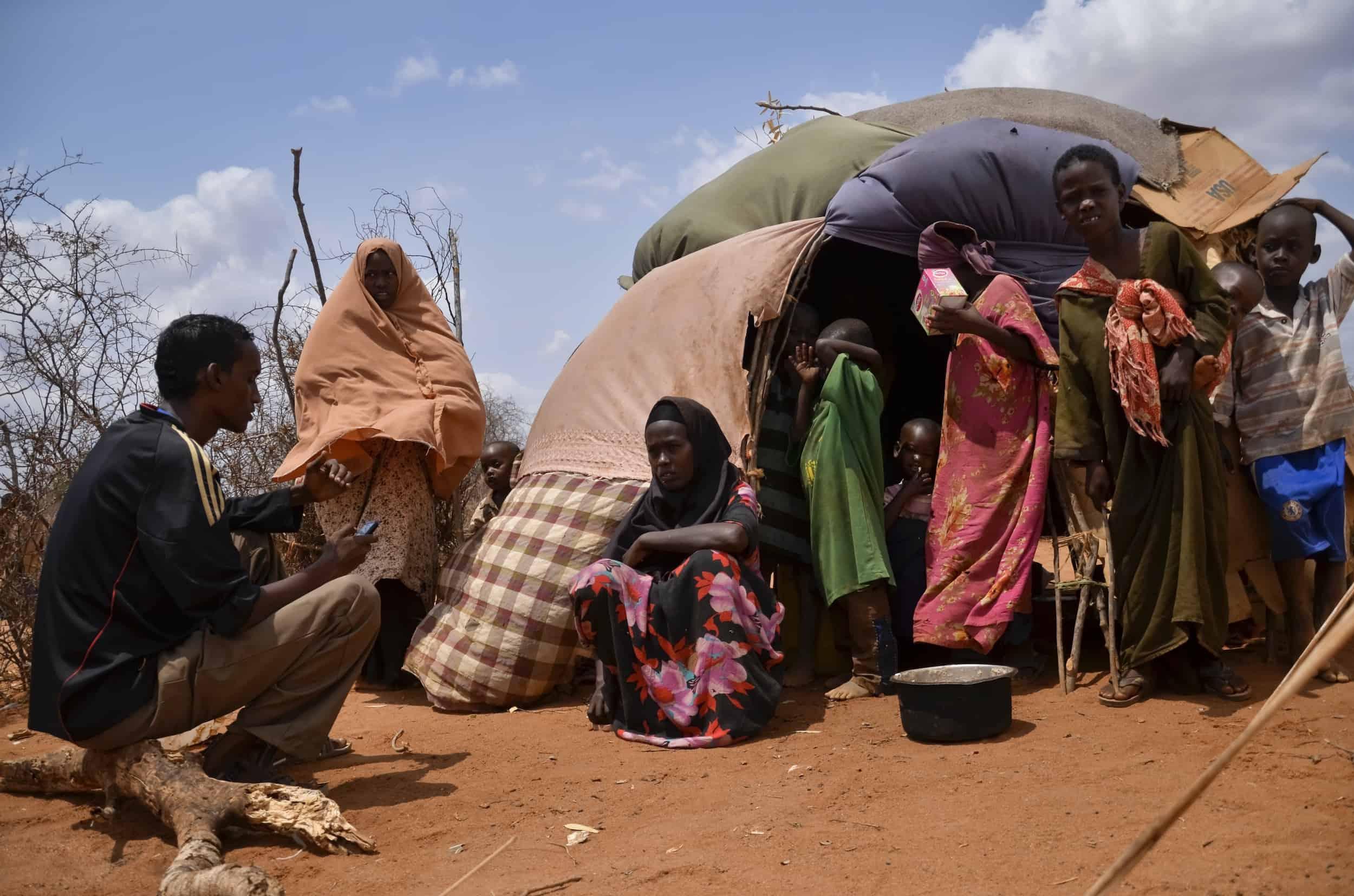 dadaab-kenya PDA interview at tent