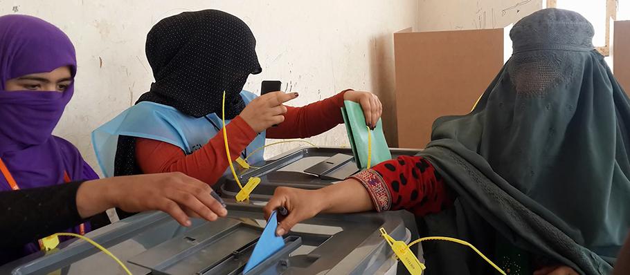 9-afghanistan-voting.jpg