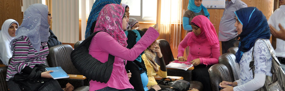 Young Egyptian women at an Internews workshop
